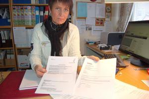 Konsumentvägledare Christina Bröms råder alla som fått skadeståndskravet från blufföretaget i Ronneby att polisanmäla.