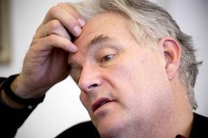 Landstingsdirektör Anders L Johansson får hård kritik.