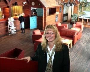 Hallstaberget går in i hotellkedjan Best Western Hotels. Lena Öström som är hotellchef hoppas kunna locka fler gäster till hotellet.