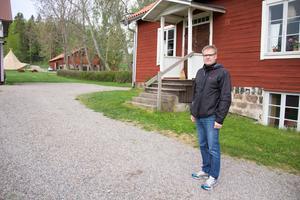 Mikael Jansson, teknisk chef på Avesta kommun, berättar att  Åvestadalskolans personal har planer för utomhusmiljön vid skolan.