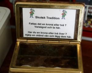 En skotsk tradition att föra vidarei kafémiljö.