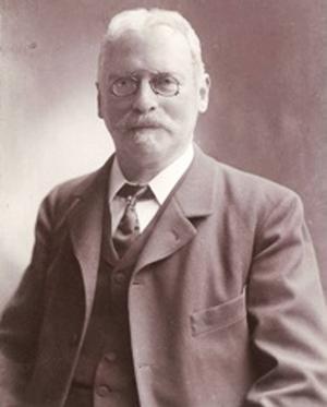 Sveriges första författare av tonsättarbiografier, Adolf Hillman, kom från Söderhamn.