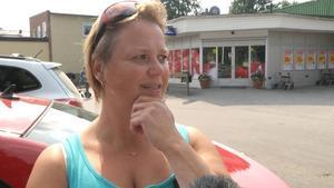 Inger Andersson, Hammarstrand:   – Kan du lova fler platser på äldreboendet i Ragunda kommun? Det nya äldreboendet som invigs i november är fullt. Redan nu finns det ytterligare 30-40 äldre som köar för en plats på äldreboende.