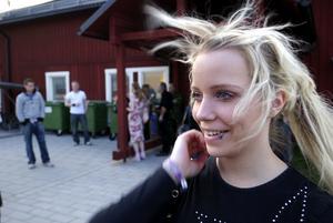 Frivillig. Victoria Bülow, 19 år från Falun vill bli en av de 40 elever som rycker in till hösten på Dalregementet för att göra hemvärnsutbildning.
