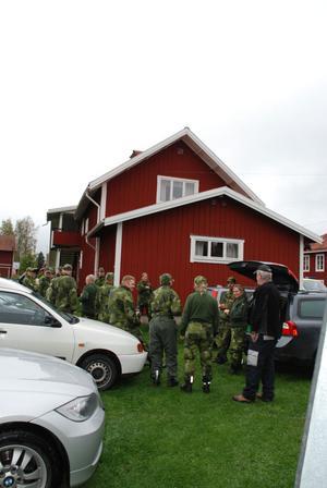 En skallgångskedja organiserades med Hemvärnet, 25 personer deltog från Hemvärnet.