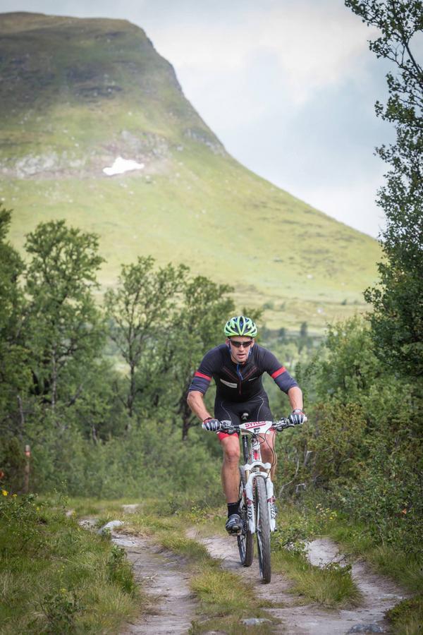 Anders Södergren anser att Fjällturen är lika mycket en naturupplevelse som ett tufft mountainbikelopp.