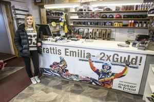 Emilia Dahlgren har en fantastisk säsong bakom sig. Två SM-guld, ett silver i FIM Snowcross Women´s World Cup och ett brons i Arctic Cat Cup.