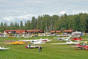Några av alla de runt 180 flyplan som gästade Siljansnäs flygfält.