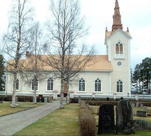Det är mycket att ta ställning till den 15 september. I bild Bräcke, Revsunds och Sundsjö kyrkor. Foto: Ingvar Ericsson