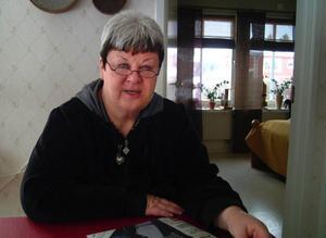 – Att hela tiden ifrågasättas, inte minst som person, är påfrestande, säger Elisabet Yngström inför sin final som Ragundas kommunalråd.