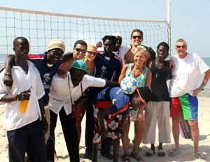 Gänget som åkte tillsammans med guider och volleybollspelare: Hossein Niromand, Lina Bokström, Anne Bokstöm, Jonas Bokström, Lasse Halvarsson.