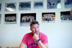 Ulf Skoglund har gjort två sejourer som tränare i Borlänge hockey, 2000–2003 och 2011–2013.