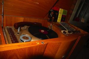 Raritet. En Scandic radio med skiv- och trådspelare. Foto:Christian Larsen