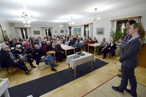 Tobias Brännlund och Gunilla Östberg, från Migrationsverket, informerade.