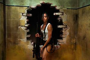 """I """"Colombiana"""" spelar Zoe Saldana en hårdför actionhjälte."""