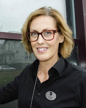 Ulrika Westin, VD Folkets hus Sundsvall, Sundsvall:   – Grattis ST! Man kan inte tro att du är 175 år. Du känns så ungdomlig. Jag läser ST varje dag och tycker det är viktigt att ta del av vad som händer lokalt. Tidningen har en mycket viktig roll för hur medborgarna ser på vår stad.