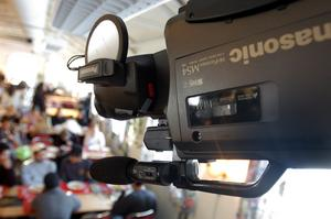 KAMERA I TAKET. 2004 fick Borgarskolans gymnasium i Gävle kameraövervakning i matsalen. På Murgården ska kamerorna vara avslagna under skoltid.