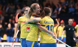 Svenskt jubel efter mål under VM-semifinalen mot Schweiz 2015.