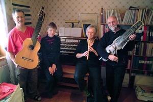 Björn och Kerstin Sundbris och Mary och Allan Lundqvist, en mycket musikinriktad kvartett i Krångede.