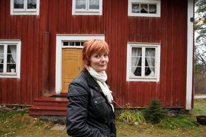 Gunilla Kindstrand ser fram emot att få mer tid att renovera huset i Stömne, Delsbo och att kunna styra sin egen tid bättre framöver.