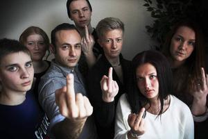 Mattias Kågström, Frida Rönning, Alee Farrohi, Isac Holmgren, Philip Lundgren Miranda Olsson och Tanja Berkö vill förändra antigaylagarna i Ryssland