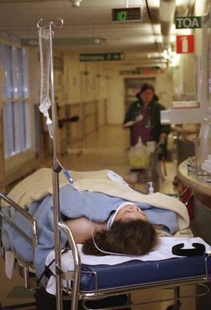 Det finns mycket att lära och införa, som skulle göra att patienterna fick bättre vård, kortare vårdtider och höjd livskvalitet. Det kräver lugn och arbetsro.  Foto: Scanpix