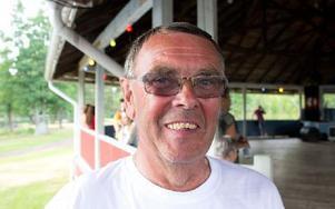 Per Eric Björklund, 69 år, Grycksbo– Det är toppen. Det är roligt att vi är tio föreningar som lyckas få ihop det här. Foto: Sofie Lind