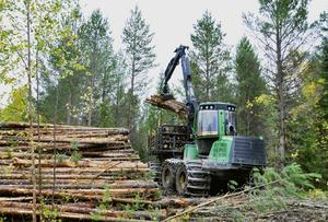 John Deere är ett av världens största företag inom skogsmaskinsindustrin.