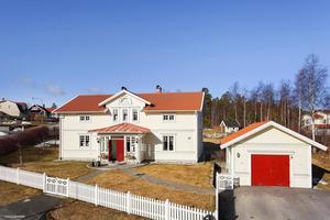 Södra Mårtensbacken såldes för 4 700 000 kronor. foto: Mäklarhuset