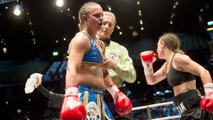 En av Maja Suslins bilder i reportaget om Frida Wallberg.