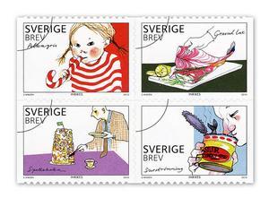 Frimärkena i häftet Smakrik från 2010 (gravad lax, polkagris, spettekaka och surströmming) har formgivits av Stina Wirsén. Foto: Posten Frimärken / TT