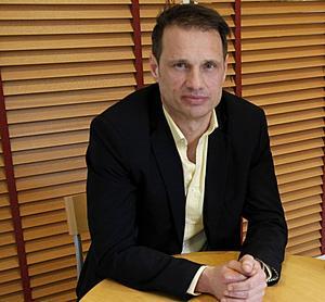 Kramforsskolans rektor Stefan Karlstedt får en ny uppgift som ledare för den nya utvecklingsenheten inom Kramfors skolvärld.