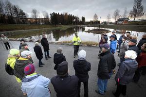 Jonas Rasmusson fick många frågor om dammen.