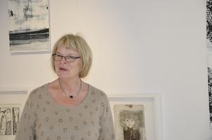 Stor uppslutning. Marita Olsson Bluum är överväldigad av uppslutningen kring konstutställningen och nöjd med resultatet.