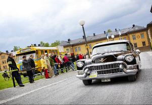 Storsjörallyt lockade 239 ekipage i lördags.Här ser vi en Cadillac 60 special från 1955.