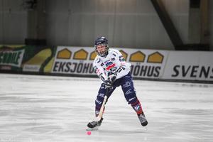 Joakim Svensk gjorde comeback i Svenska cupen efter höstens knäproblem. Han spelade mot Hammarby (2–3) och Villa (2–7), men vilade mot Vänersborg (4–1) på lördagen. Det var en säkerhetsåtgärd som var bestämd sedan tidigare.