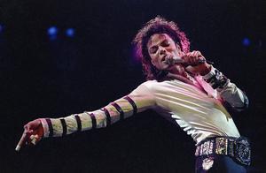 Michael Jackson slår fortfarande nya rekord. Hans album