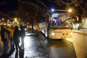 Migrationsverkets bussning av flyktingar från Malmö har snurrat till det även tidigare. För två veckor sedan vägrade en busslast asylsökande stiga av i Sundsvall, eftersom bussen irrat omkring i landet istället för att åka till Kalmar och Oskarshamn som flyktingarna trodde var destinationen.