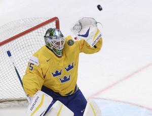 Jacob Markström fick släppa fyra puckar bakom sig men var ändå Tre Kronors bästa spelare mot Tjeckien där det blev förlust med 4–2.