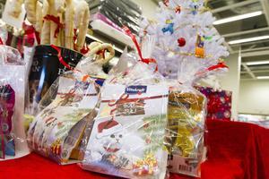 Leksaker, tuggben och godis hör till de mest populära djurklapparna.
