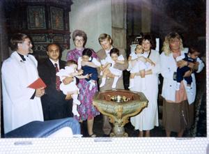 Femlingarna döptes i Rödöns kyrka, doppräst var Ivan Örjebo.  Foto: kjell bollnert