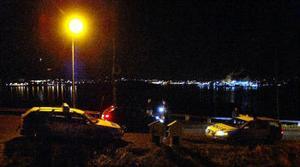 Ett större område spärrades av under kvällen för att polisen och hundpatrullen skulle få arbeta ostört.
