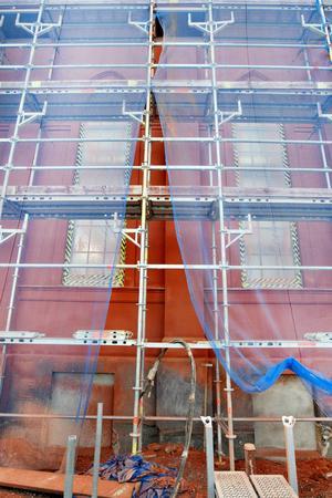 Stadsarkitekt Helena Tallius Myhrman har bestämt att Drottningens fasad ska efterlikna ursprungliga byggnadens ursprungliga tegel.