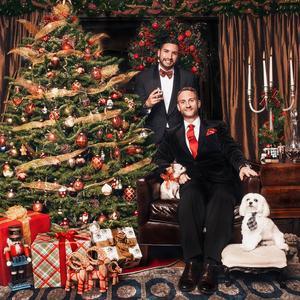 Julkortet från 2013 - ett klassiskt julkort med rött och guld.