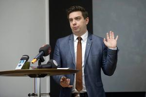 – Att Gävle nu går in och tar det här ansvaret tycker vi är bra, säger Jimmy Jansson, S, kommunstyrelsens ordförande i Eskilstuna.