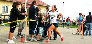 För andra året i rad gjorde Charlotte Kalla Jordgubbsloppet till en del av försäsongsträningen.