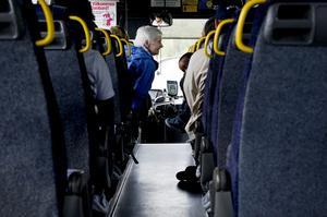 En ny upphandling av länets kollektivtrafik ska innebära fler fordon som går på fossilfria bränslen.
