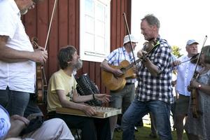 Bingsjöstämman bjuder på en hel del musikaliska möten.