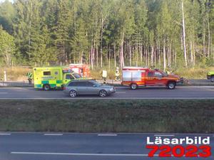Olyckan orsakade stopp i trafiken på riksväg 50. Foto: Patrik Danielsson