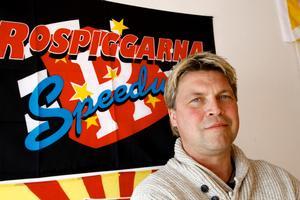 Mikael Teurnberg blir kvar som speedwayexpert på TV10.
